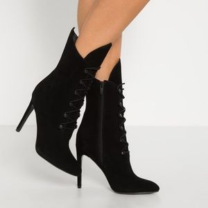 KENDALL & KYLIE MAYA Lace Up Heel Boots 9.5